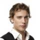 90210 se sépare de Dustin Milligan