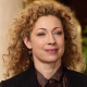 Alex Kingston dans Private Practice, deux Bunnies pour Playboy