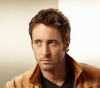 Alex O'Loughlin (Three Rivers)