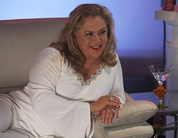 Kathleen Turner (Californication)