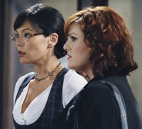 Lindsay Price et Sara Rue (Eastwick)