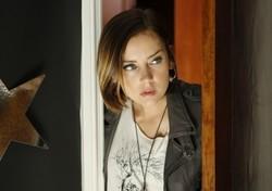 Jessica Stroup (90210)