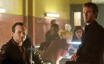 Christian Slater et James Van Der Beek (The Forgotten)