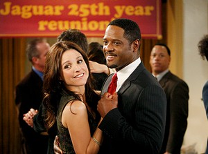 Julia Louis-Dreyfus et Blair Underwood (Old Christine)