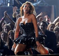 Beyoncé a fait le show aux Grammy Awards 2010