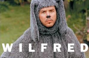 Jason Gann dans la version australienne de Wilfred