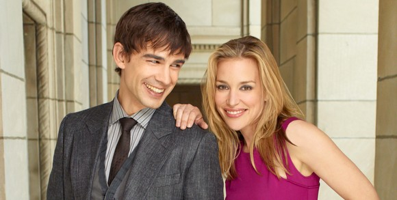 Christopher Gorham et Piper Perabo (Covert Affairs)