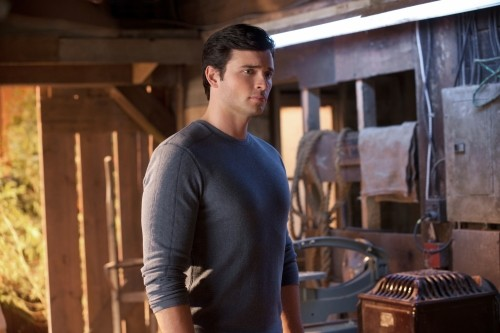 Smallville - 10.16 | The CW
